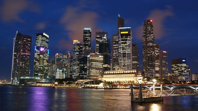 800px-Singapore_Skyline_at_Night_with_Blue_Sky