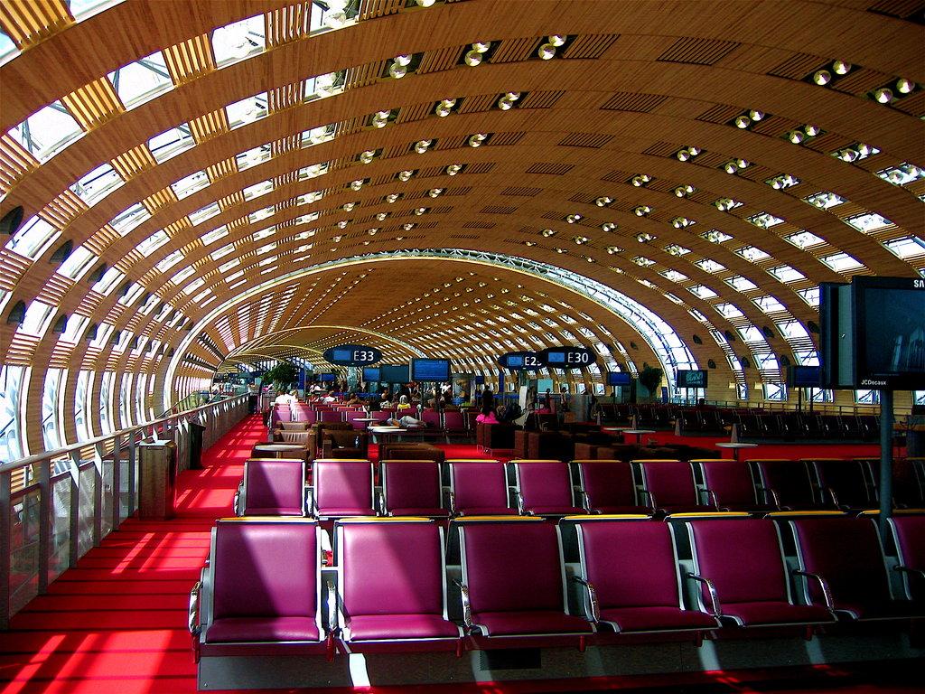 Charles_de_Gaulle_Airport_by_Hendrix_fan584