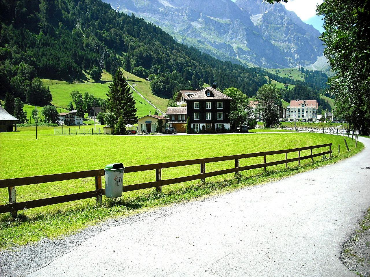 road-through-village-363359_1280